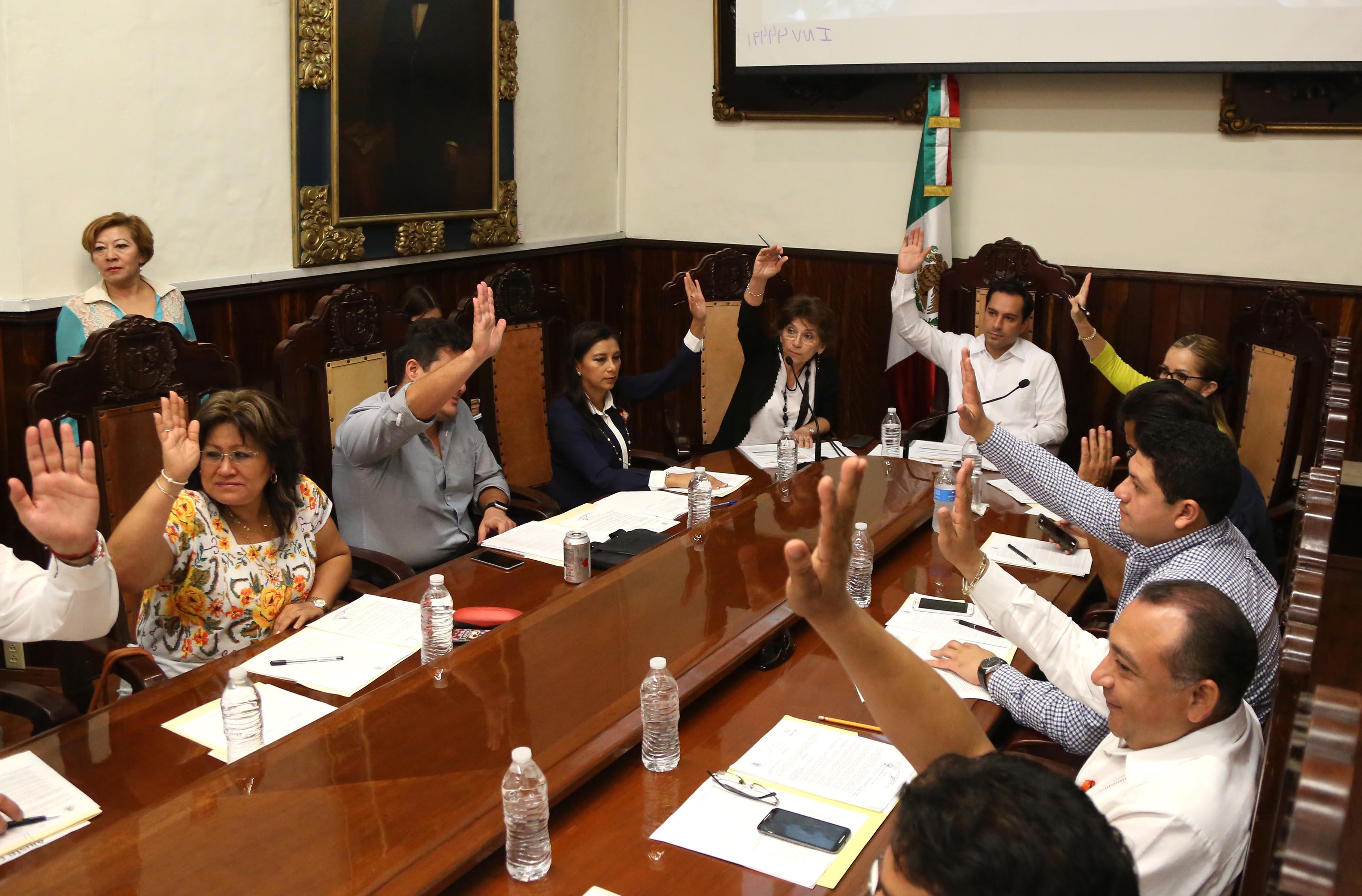 Ratifican nombramiento de comisarios en Mérida