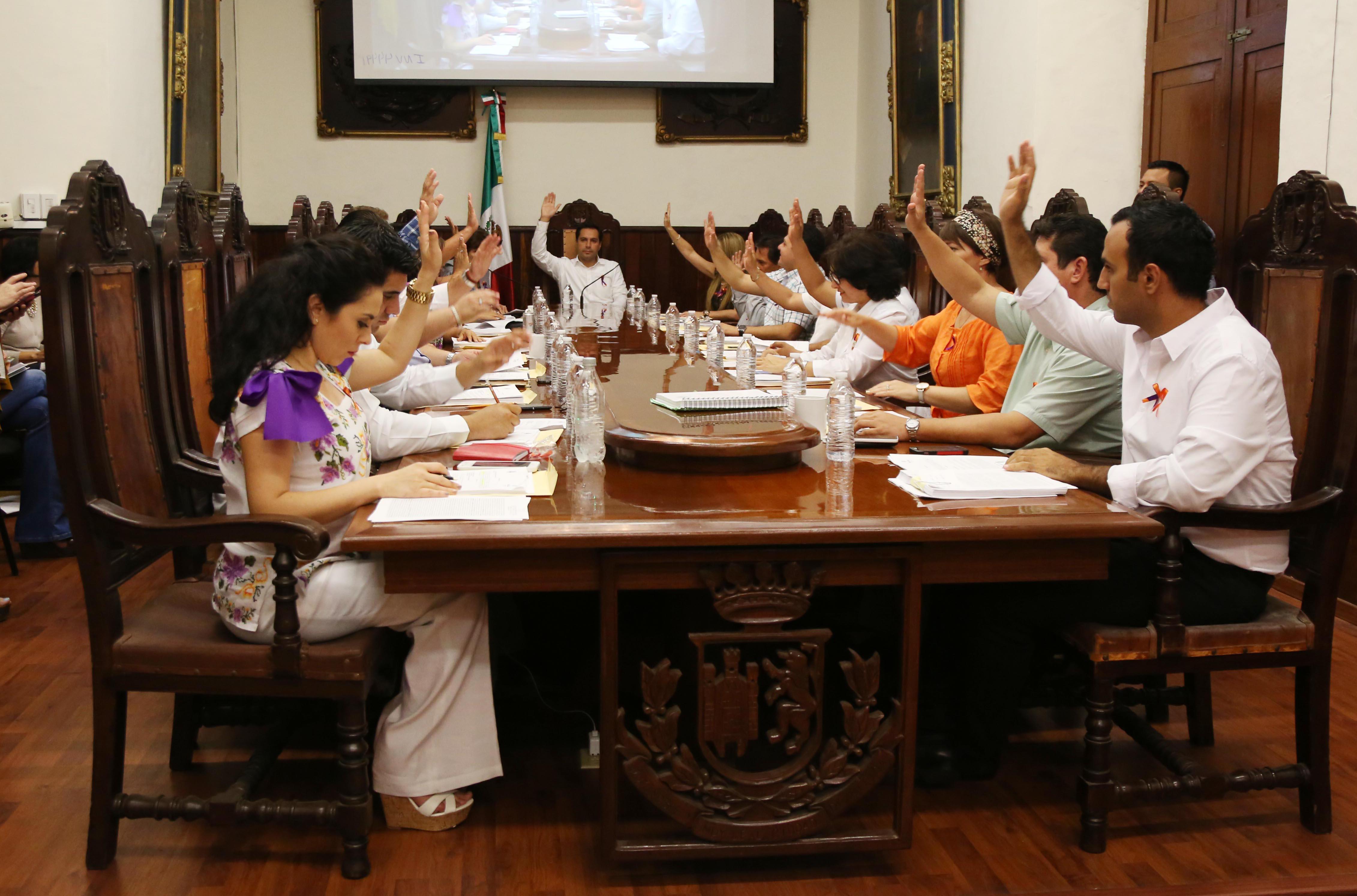 Aprueba Cabildo de Mérida propuesta para nuevo director de Gobernación
