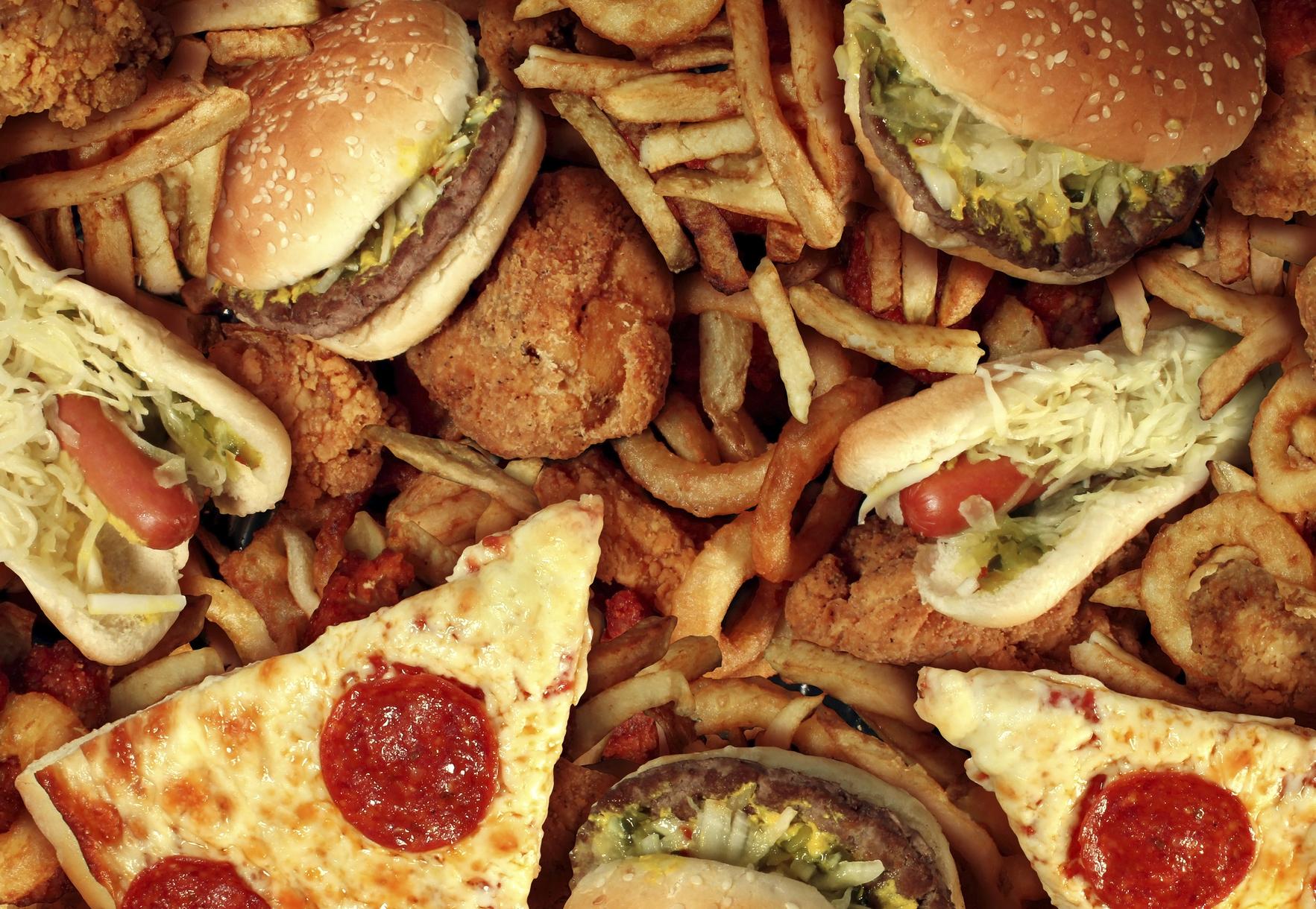 Restringir consumo de calorías al día alarga la vida
