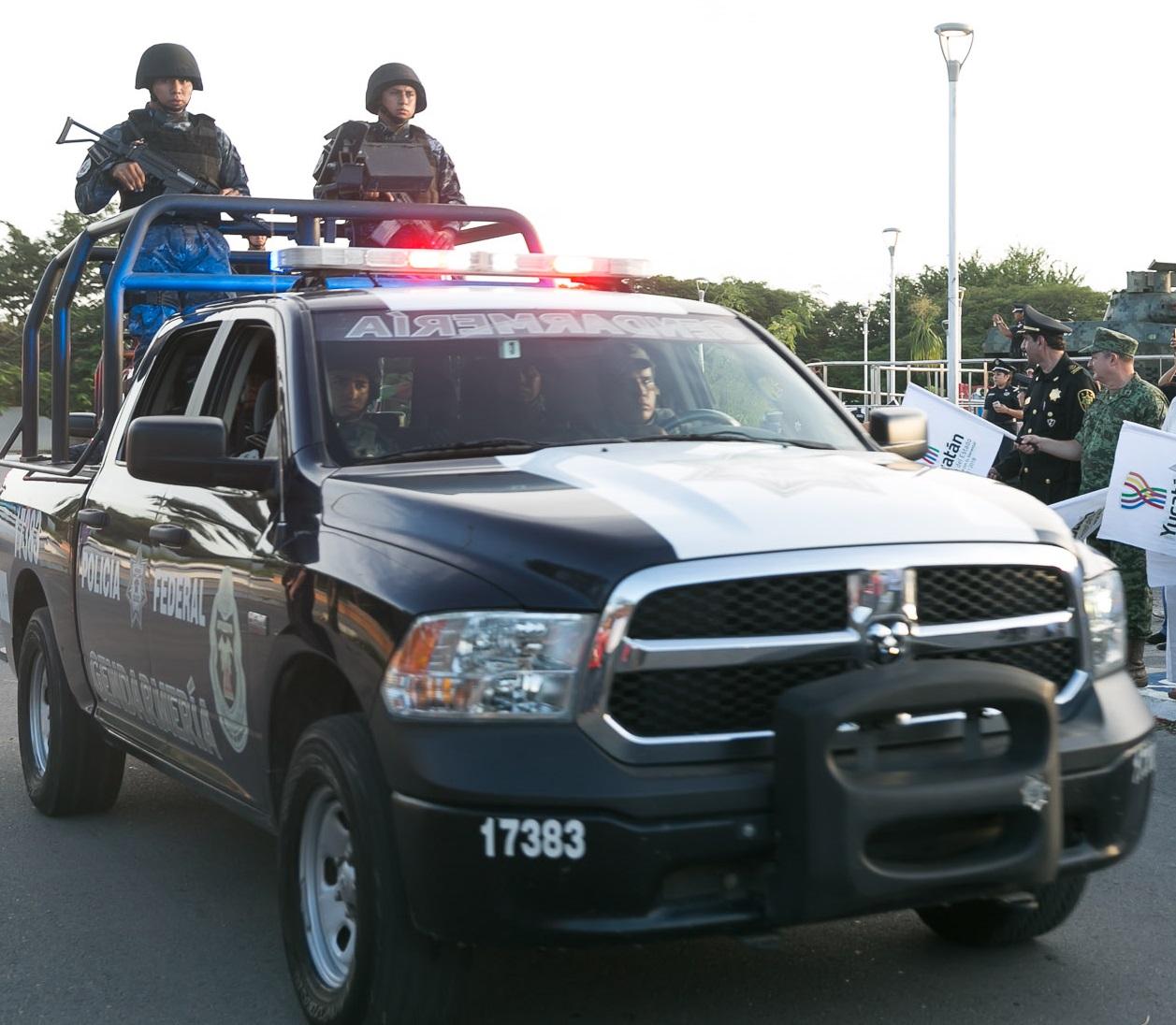 Roban uniforme de elemento de gendarmería en Yucatán