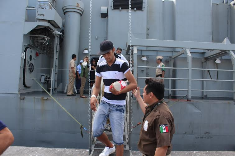 Pescadores yucatecos rescatan a náufragos cubanos