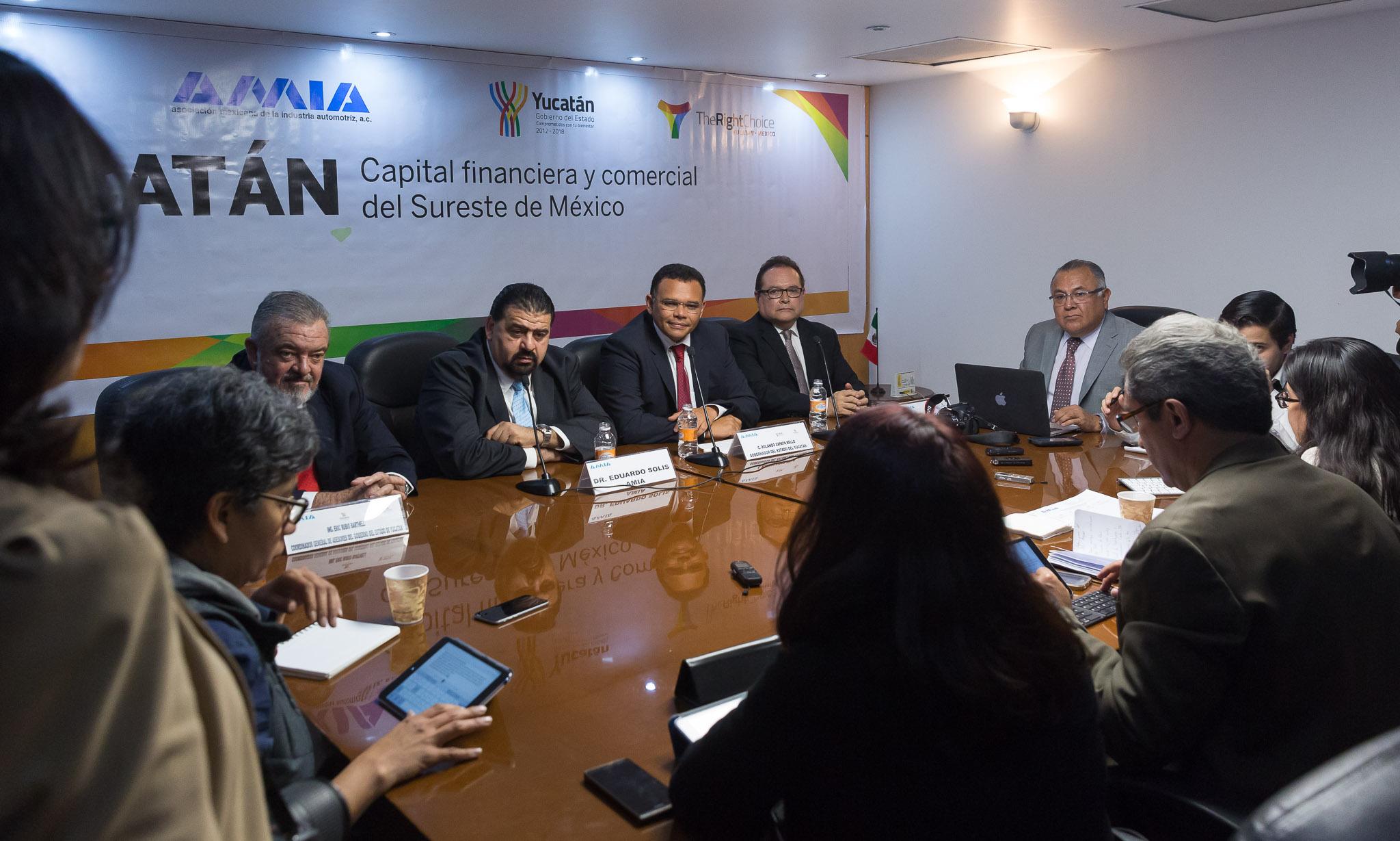 Promueven reindustrialización de Yucatán