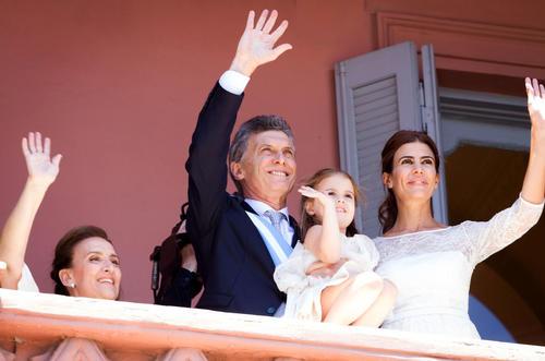 Felicita Macri al Papa Francisco por su cumpleaños 79