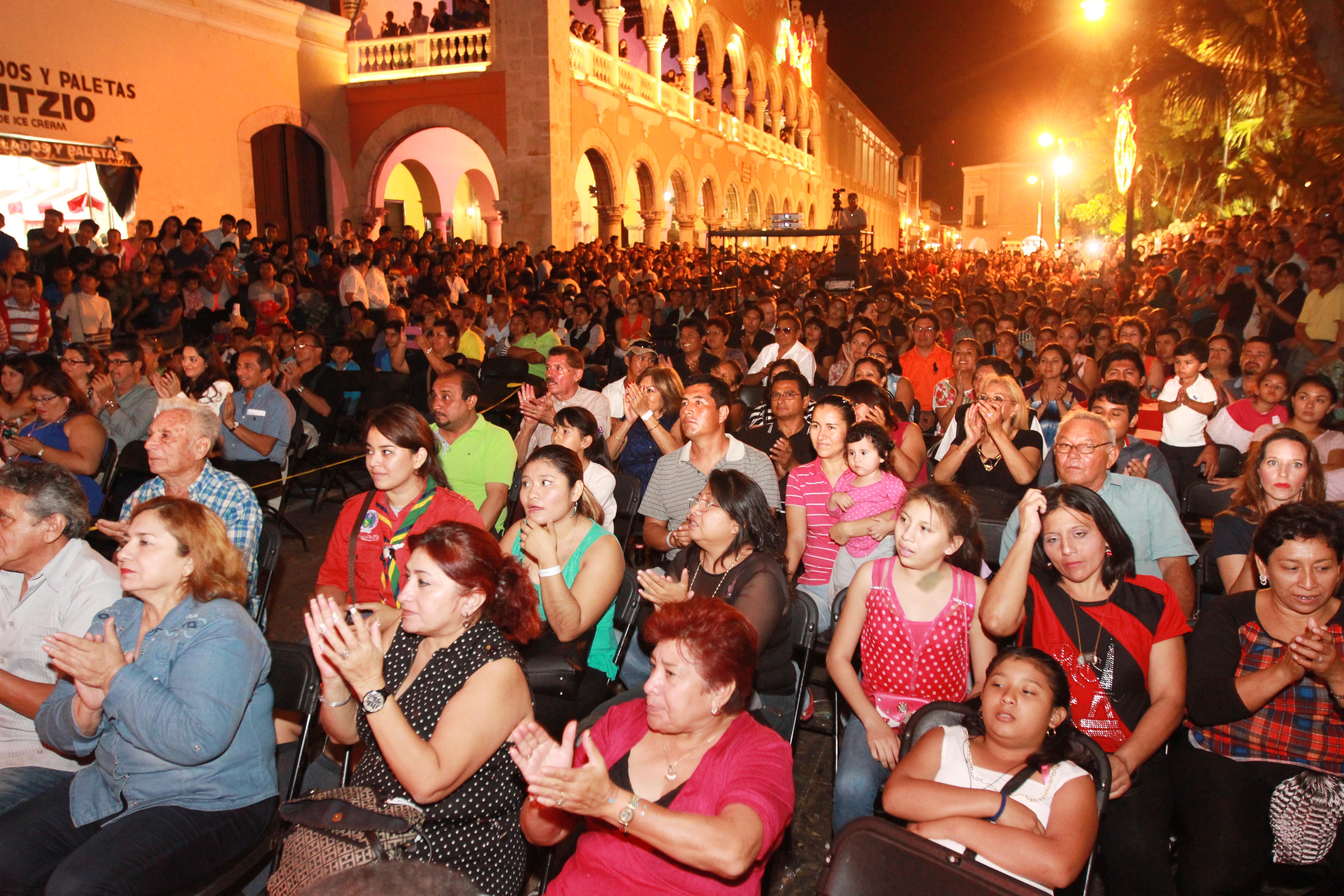 Más de 42 mil asistentes en Noche Blanca de Mérida