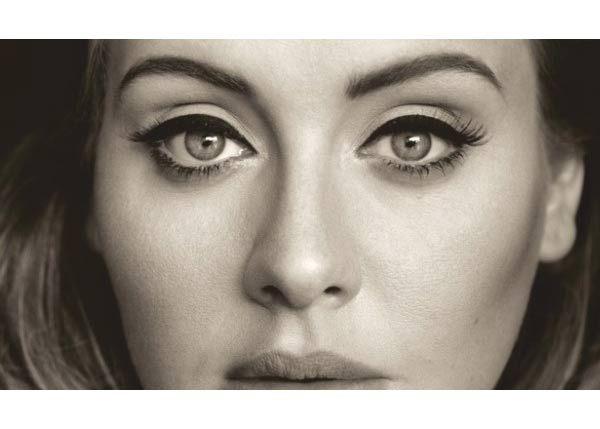 """Adele les dice """"Hello"""" a los Grammy 2016"""