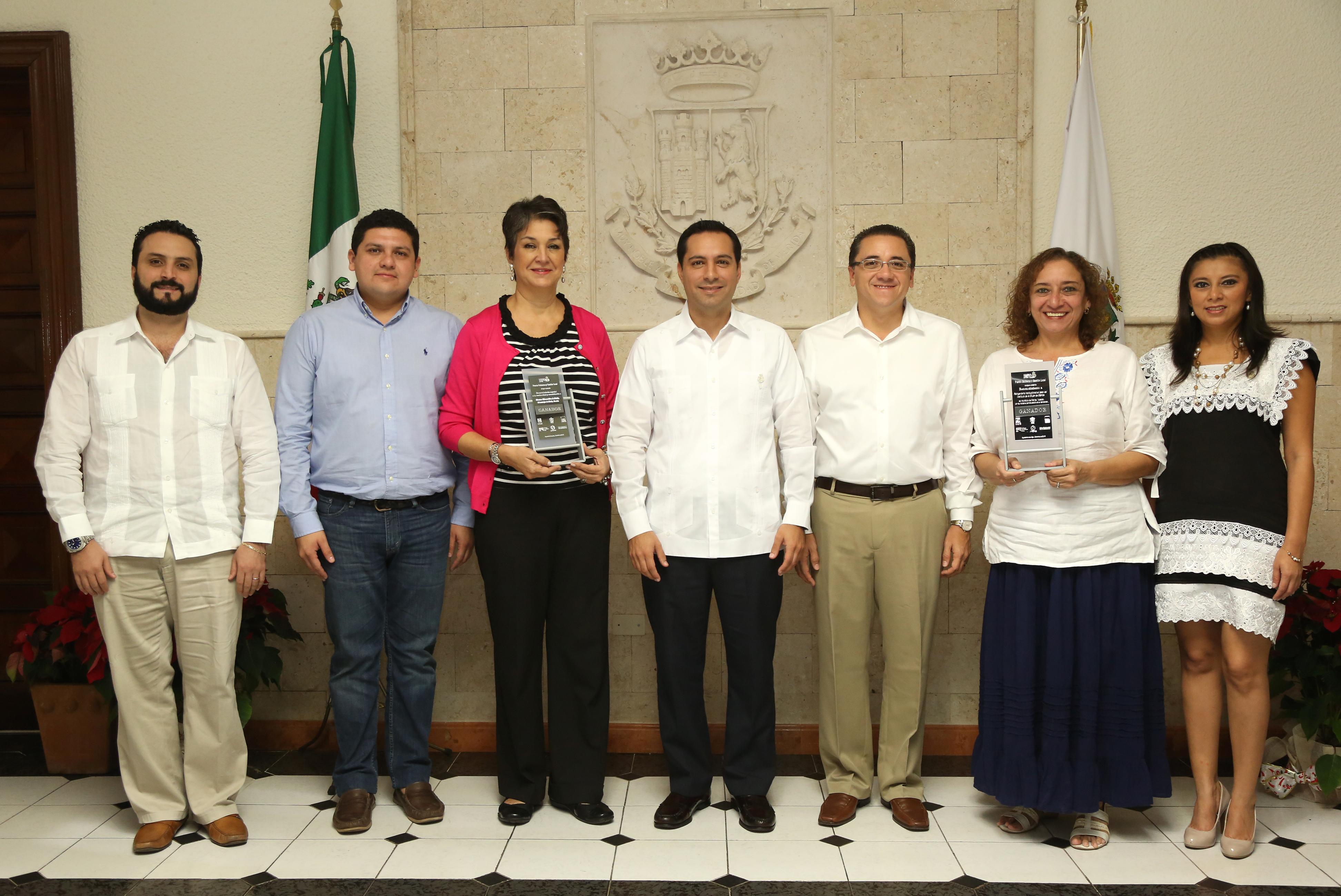Ayuntamiento de Mérida recibe galardón