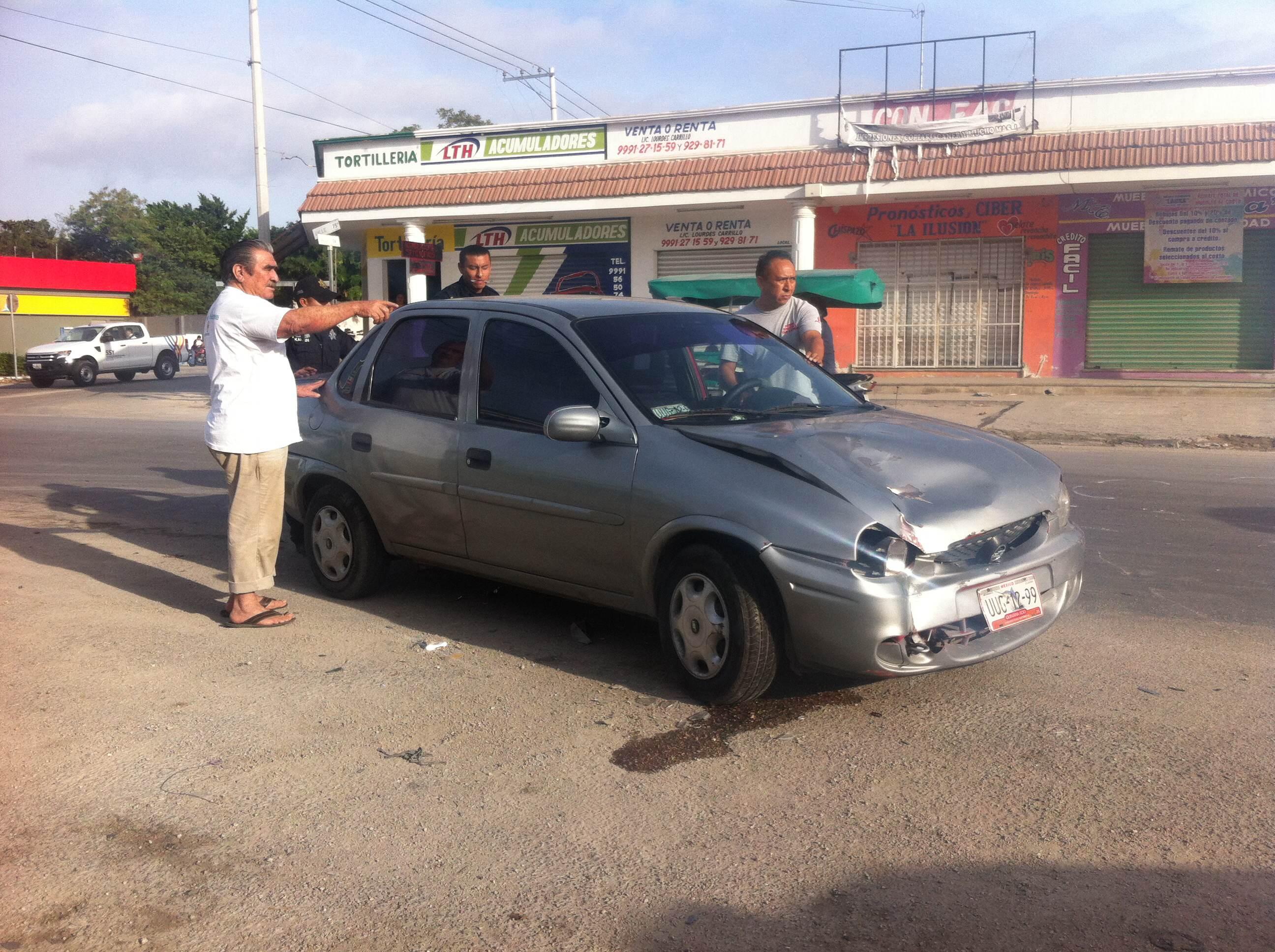 Mototaxi provoca choque en Kanasín