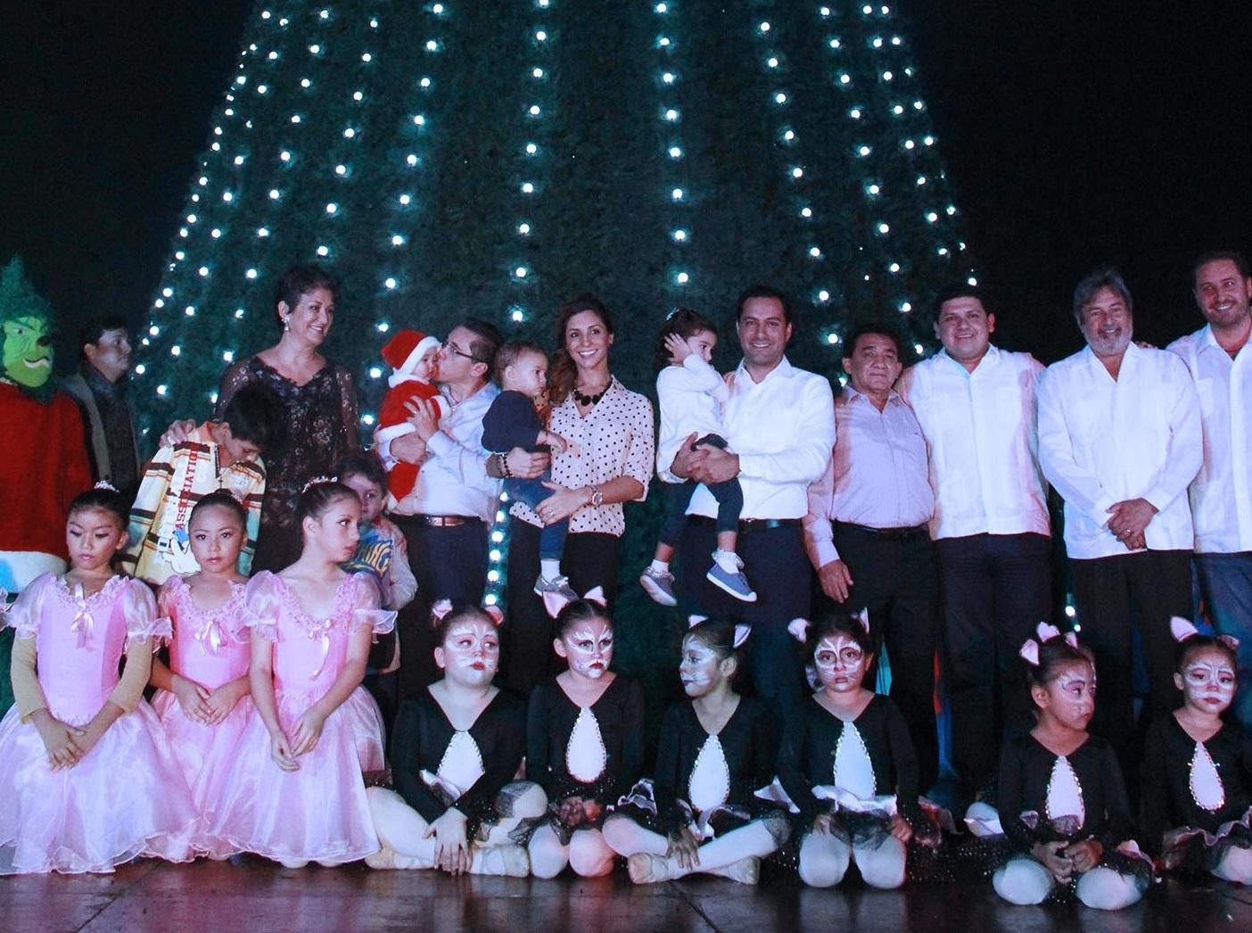 Ilumina la navidad Paseo de Montejo