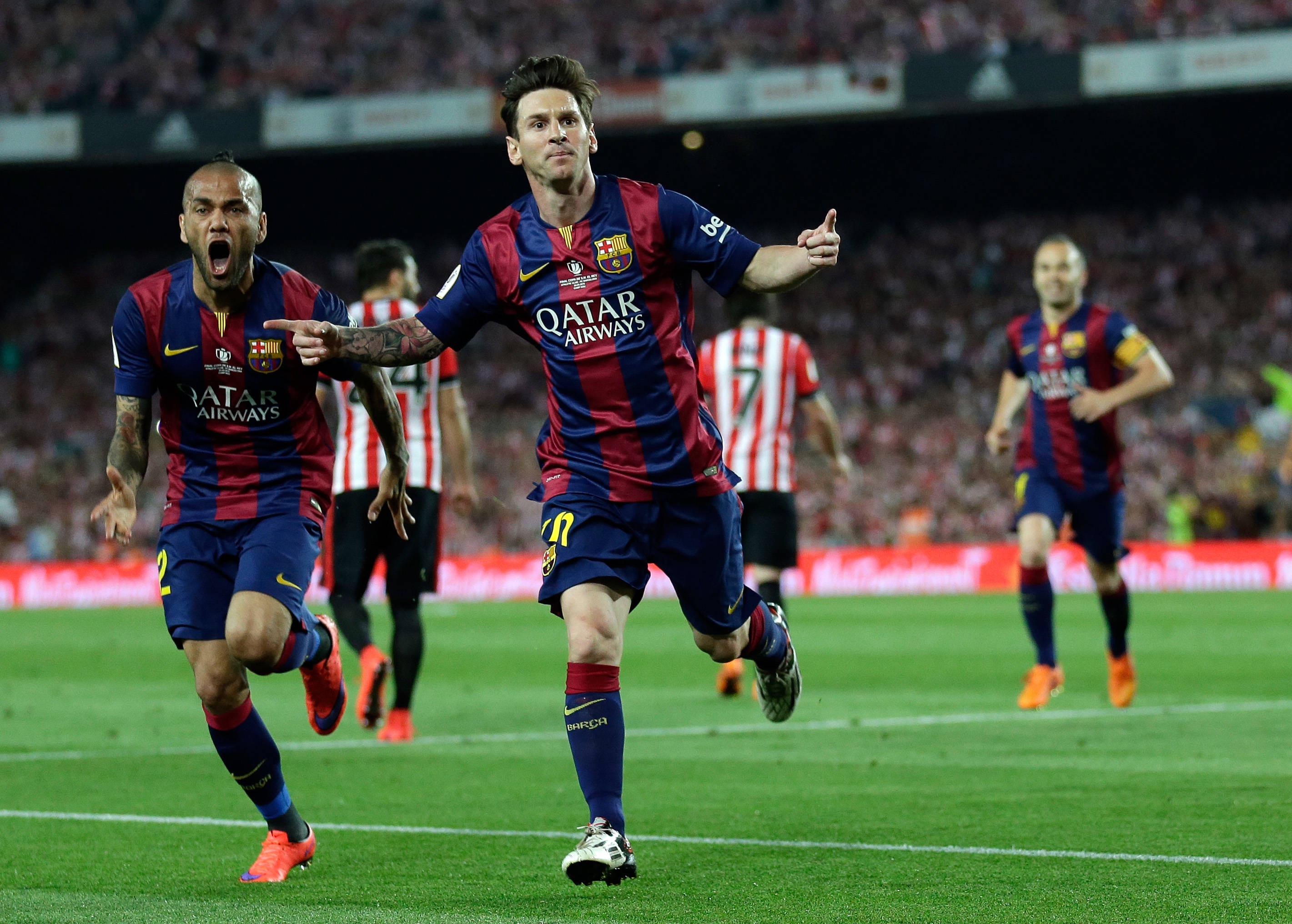 Messi se reincorpora a entrenamiento del Barcelona