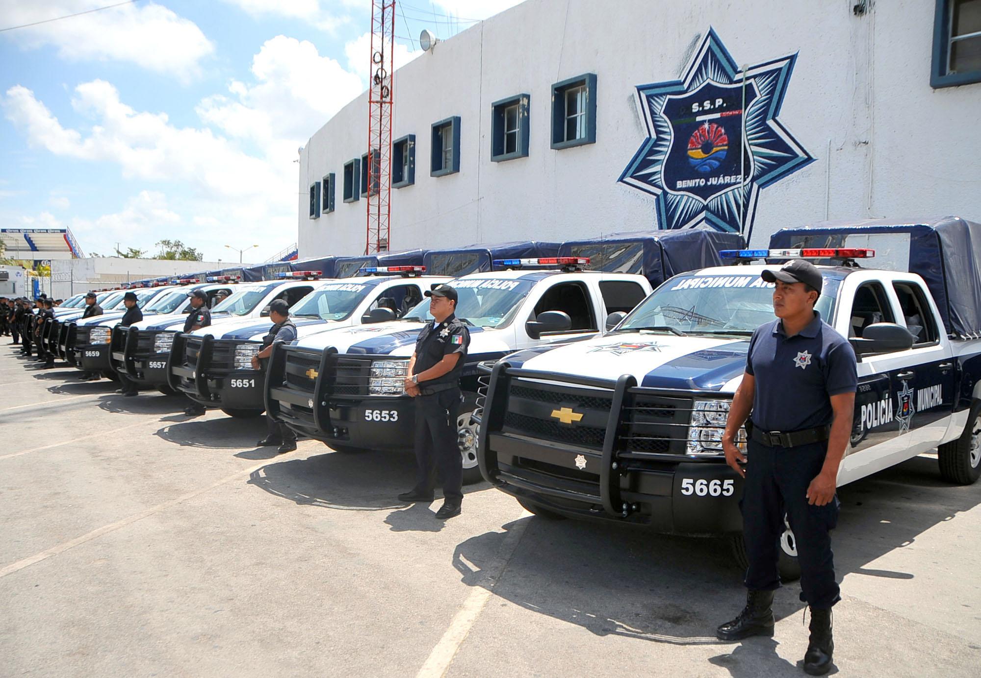 Policías de Cancún acusados de robo y lesiones