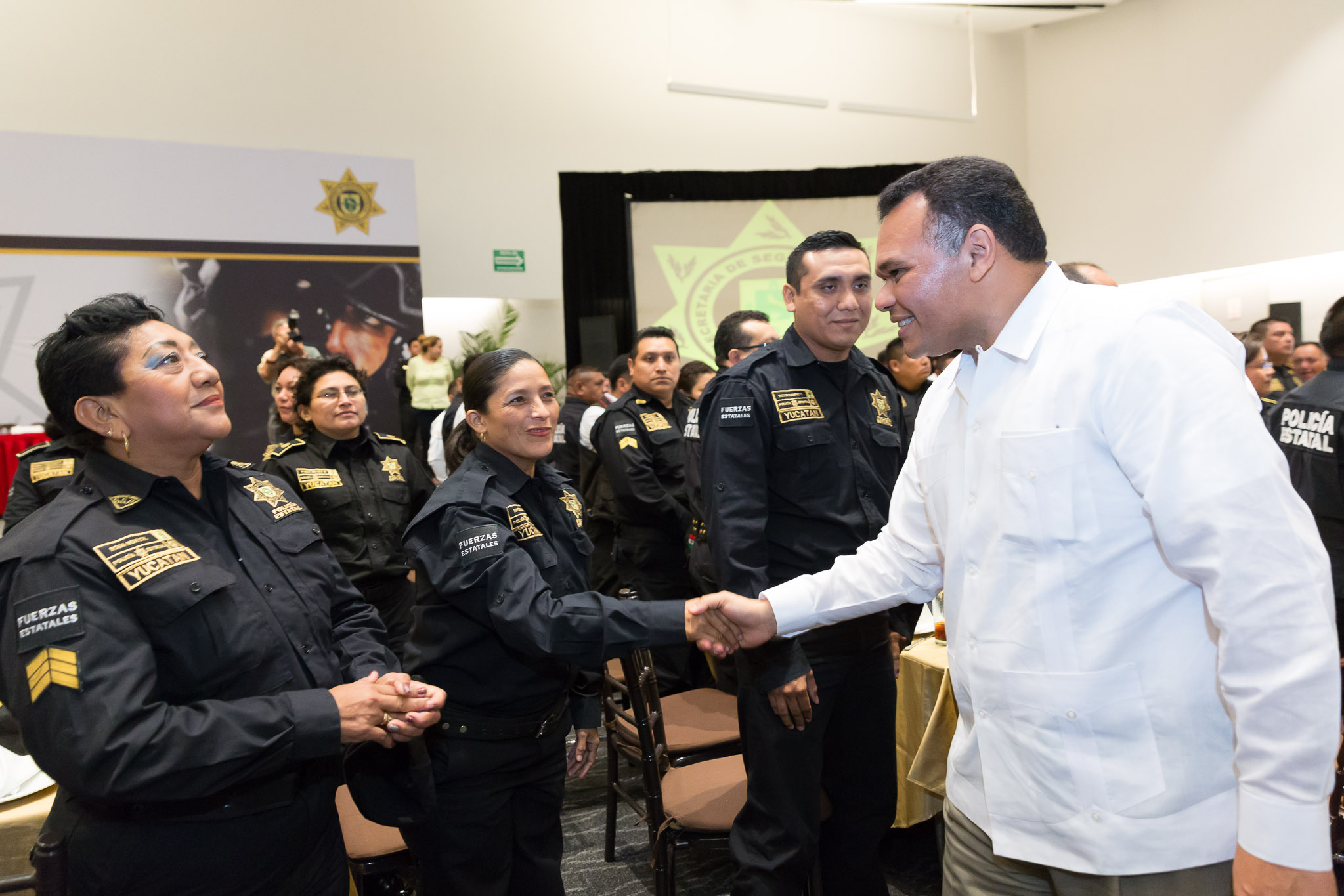 Celebran a policías yucatecos en su día