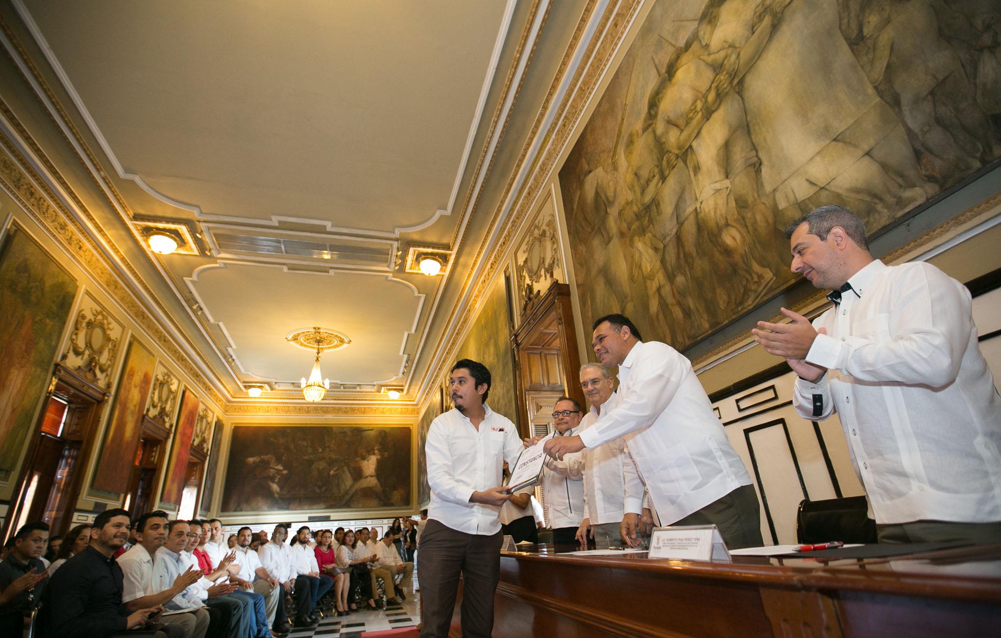 Firmas yucatecas reciben subsidios del programa Prosoft 2015