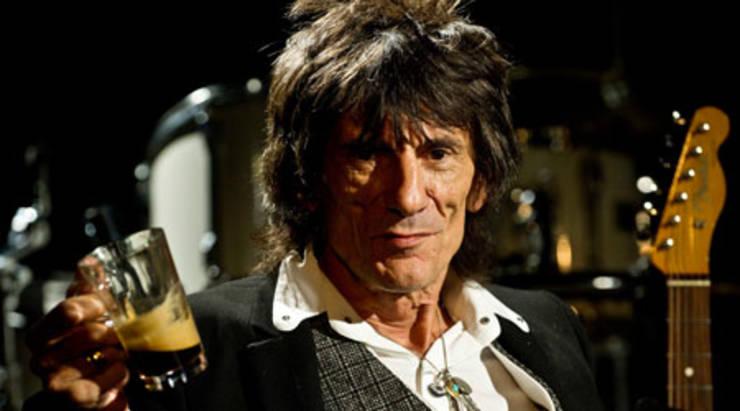 Ronnie Wood, de Rolling Stones, será padre a los 68 años