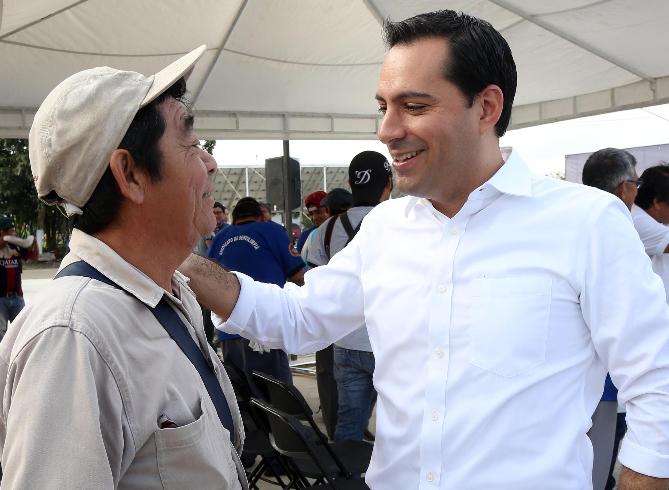 Redistribuyen salarios en Ayuntamiento de Mérida