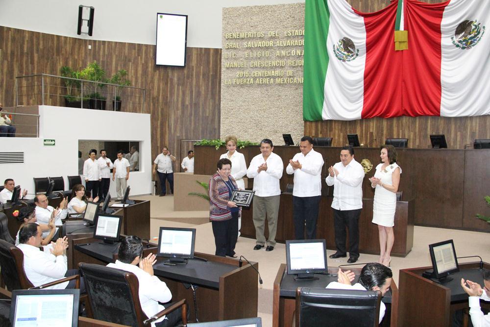 Llaman a nuevas generaciones a revalorizar legado maya
