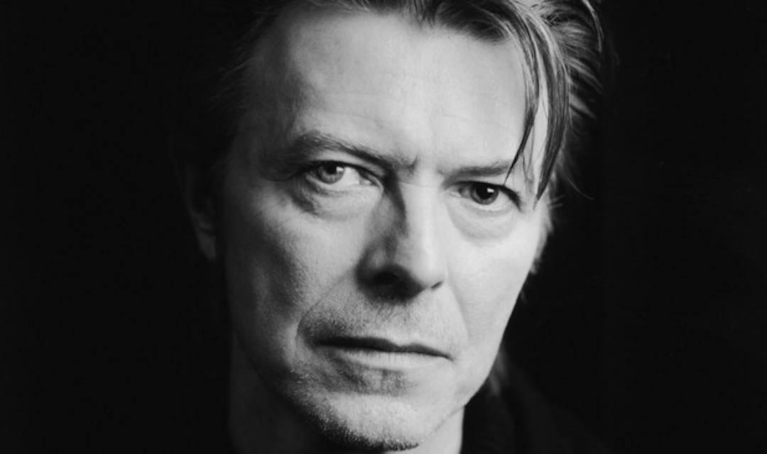 Bowie pide en testamento ser incinerado en Bali