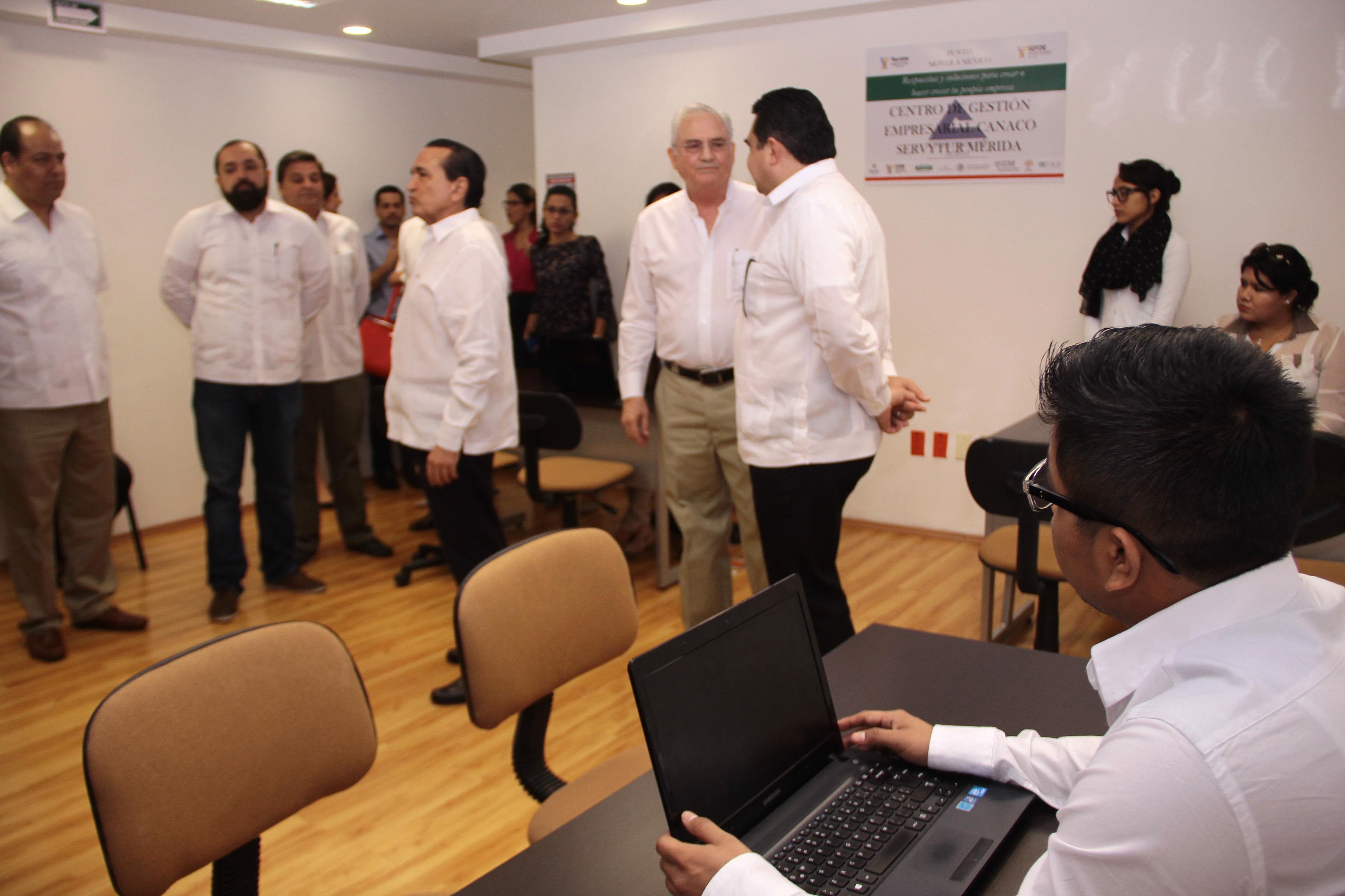 Inauguran Centro de Gestión Empresarial de Canaco Mérida