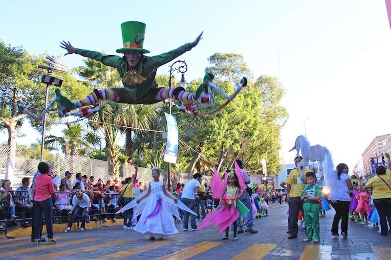 Cierre de calles por desfile infantil de Carnaval Mérida 2016