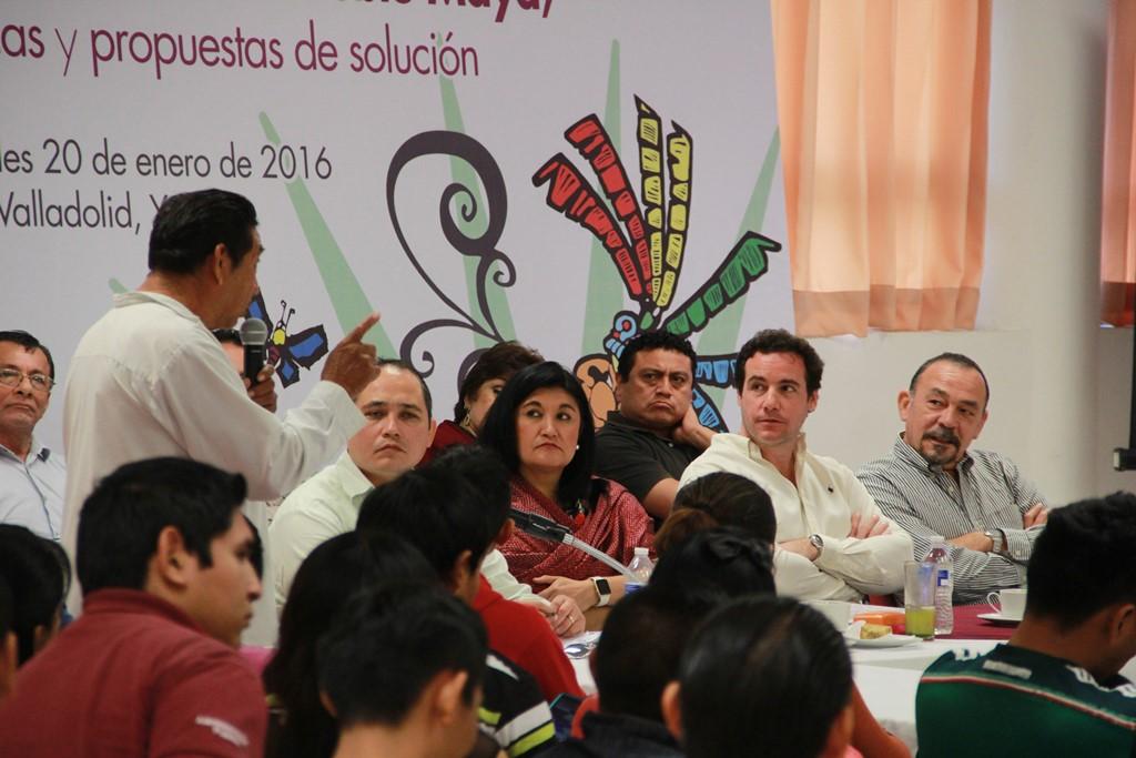 Atención a la salud, educación y respeto a sus tradiciones piden líderes mayas