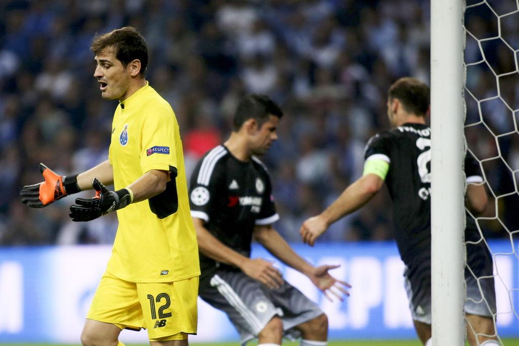 Indagan estafa en el traspaso de Iker Casillas