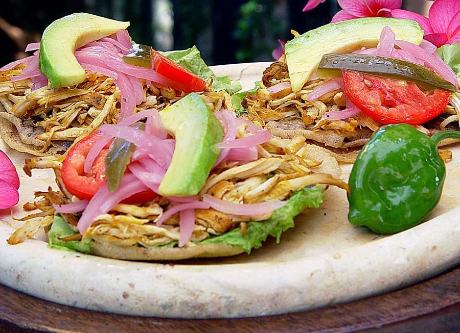 Preparan magna muestra de gastronomía tradicional yucateca