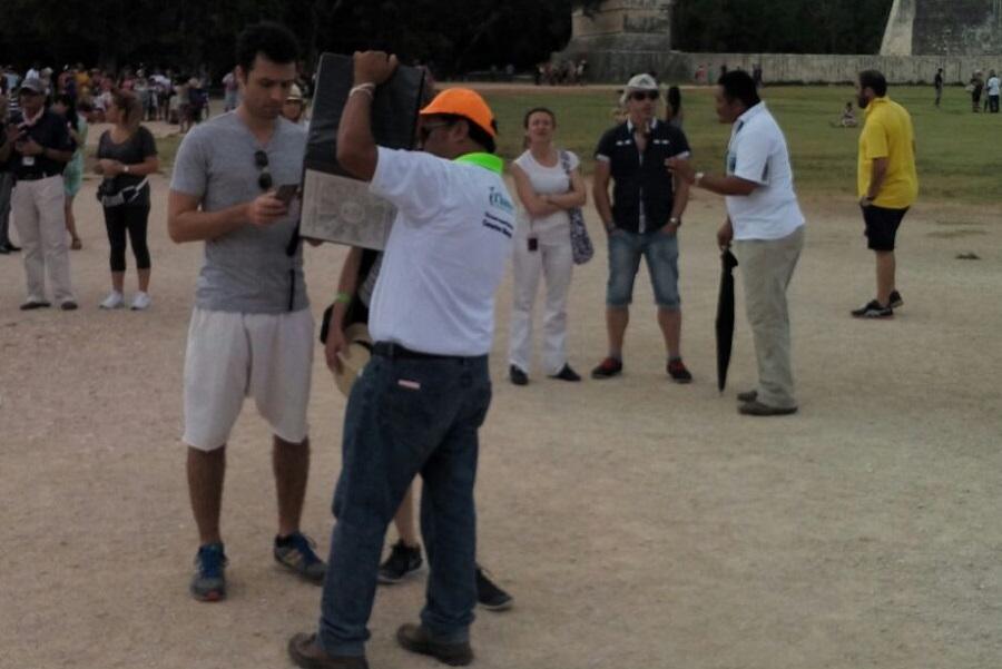 Guías de turistas en Chichén Itzá rechazan cobro