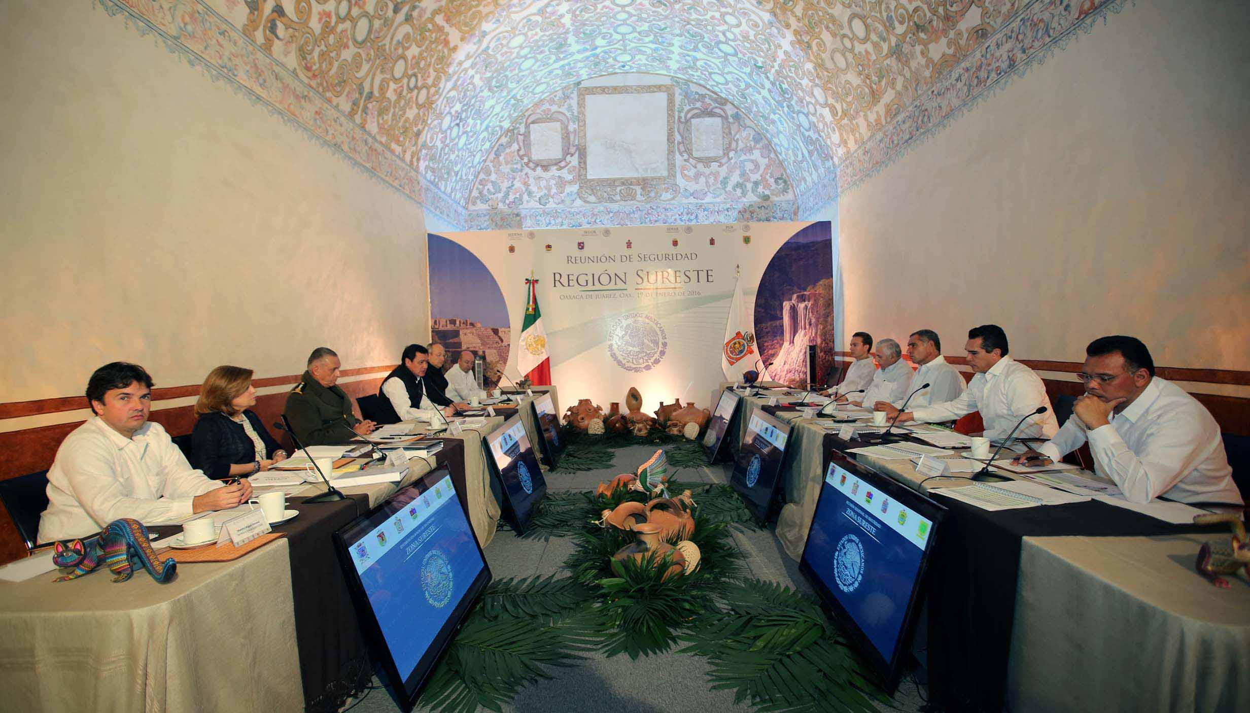 Presenta Zapata Bello estrategias ante Gabinete de Seguridad Nacional