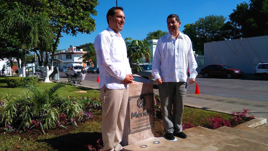 Placa y bandera, acreditan Mérida como Comunidad Segura