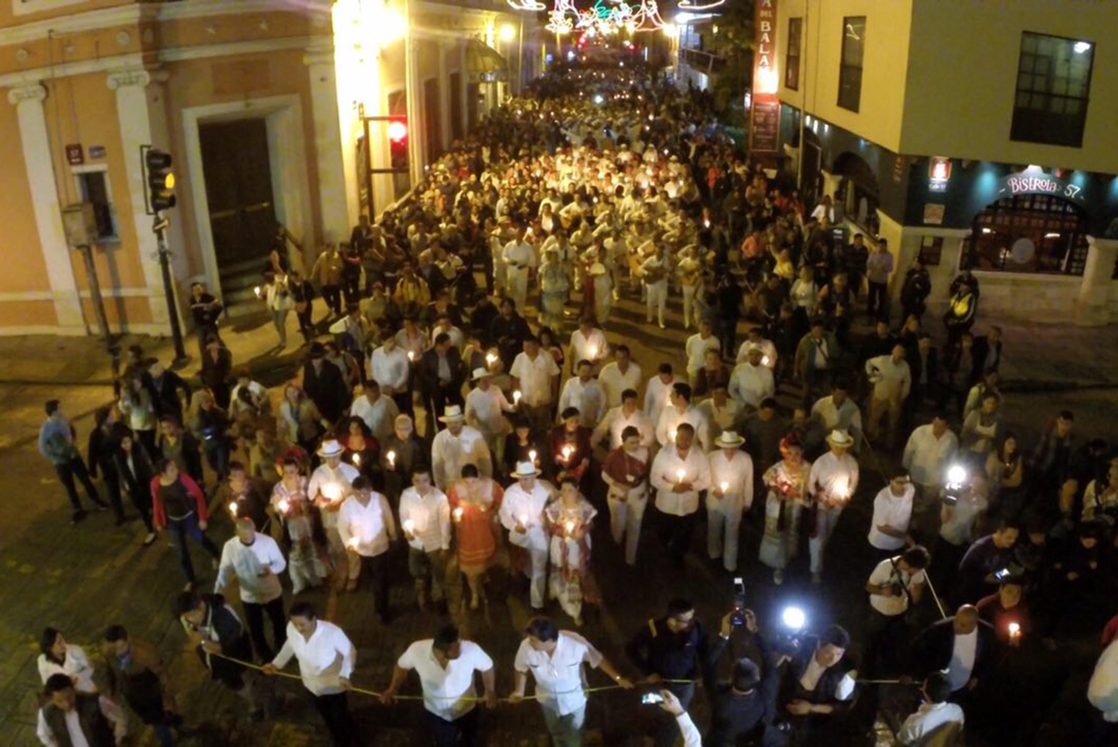 Arrancan festejos por Mérida con callejoneada y alborada