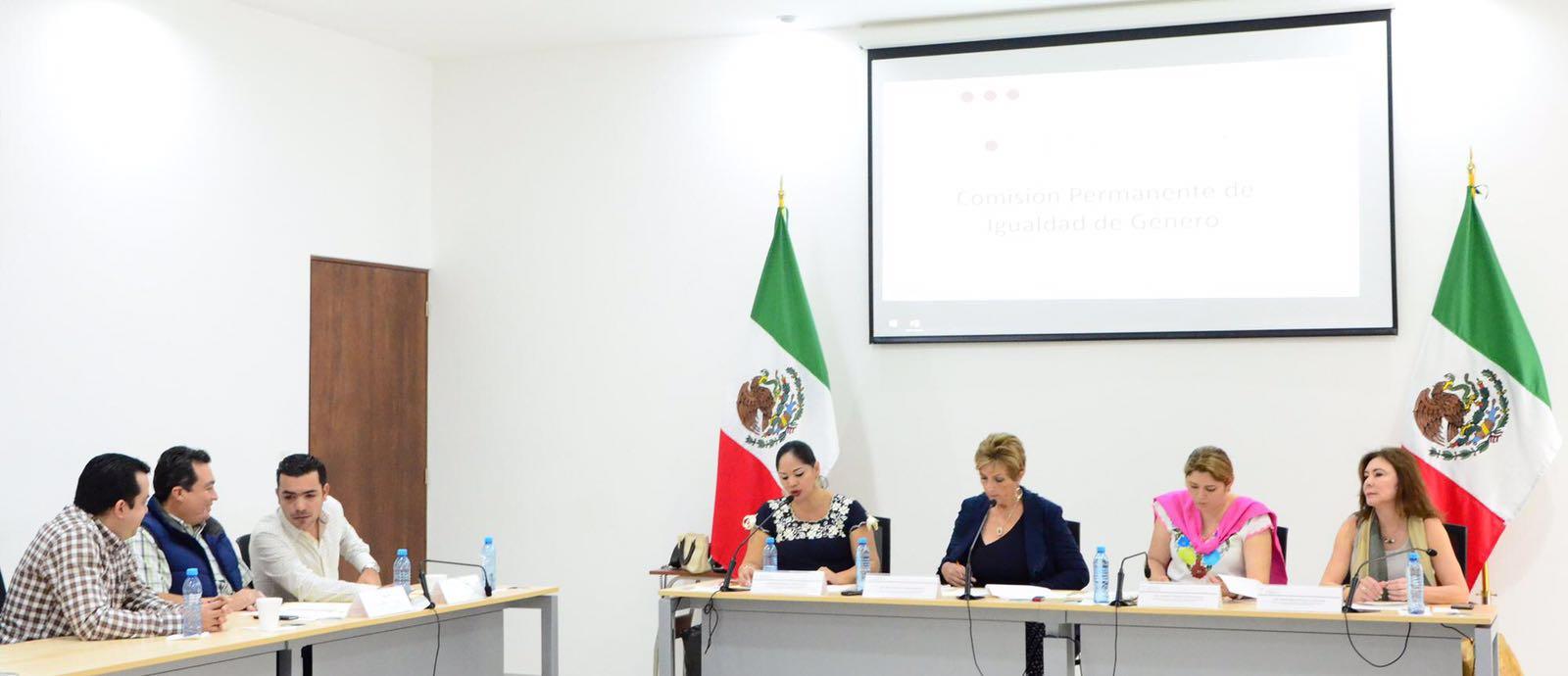 Suman propuestas para fortalecer igualdad de género en Yucatán