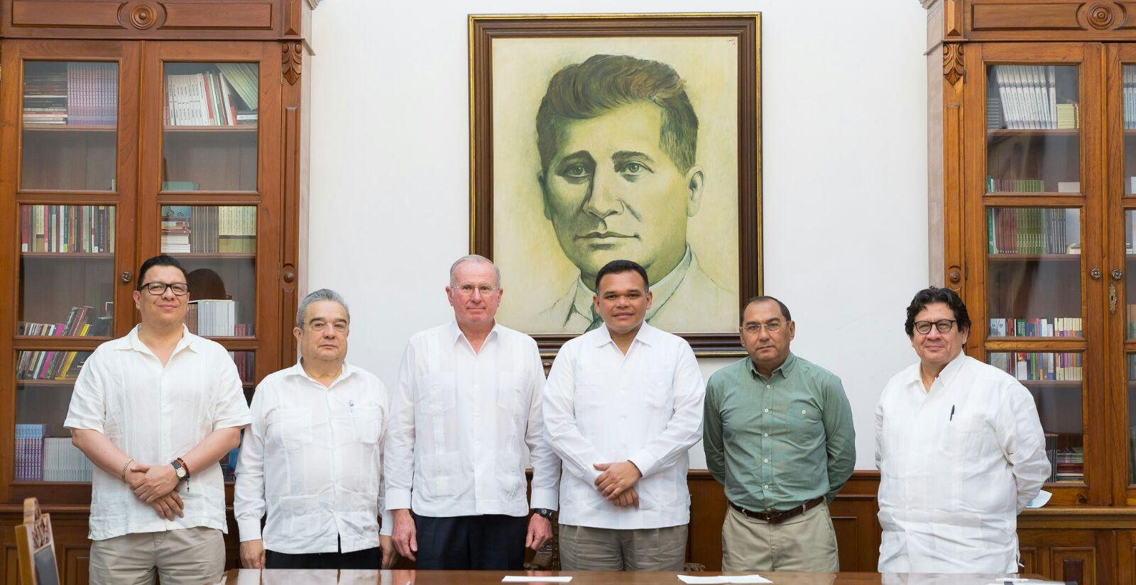 Busca Yucatán proyectos conjuntos con Agencia Espacial Mexicana