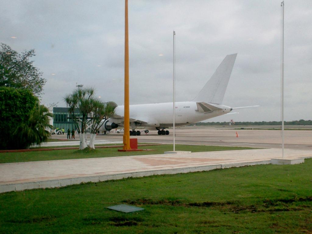 Suben alerta en aeropuertos mexicanos