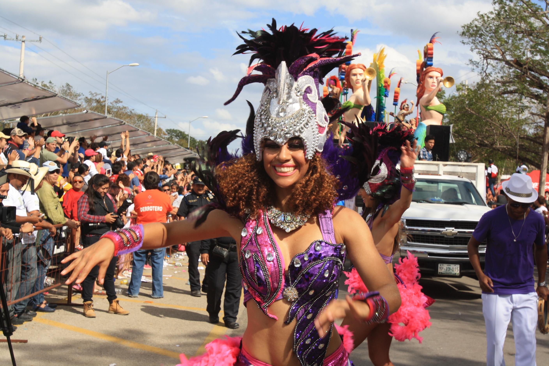 Desbordante Domingo de Bachata en Mérida