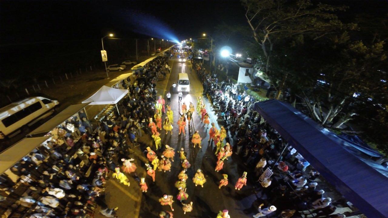 Plaza Carnaval supera mal tiempo