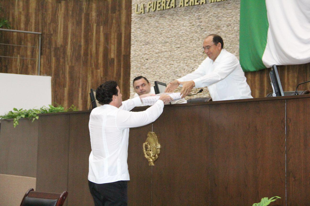 Recibe Congreso Yucatán informe de Codhey