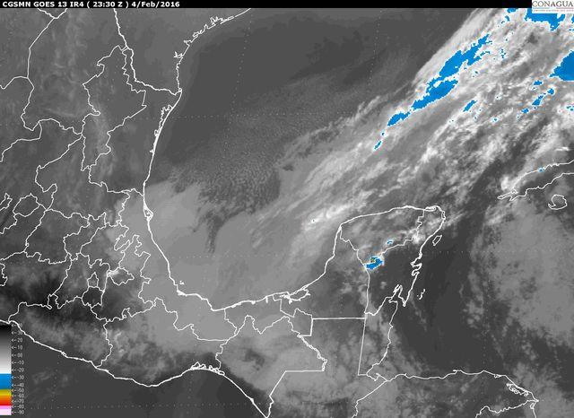 Vientos de hasta 77 km/h por frente frío en Yucatán