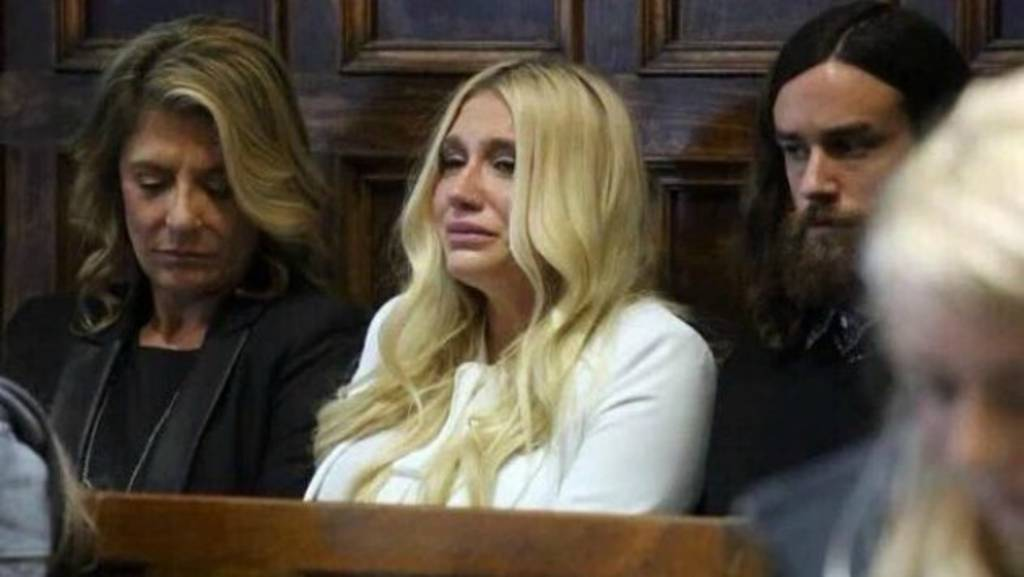 Ke$ha pierde juicio por abuso sexual