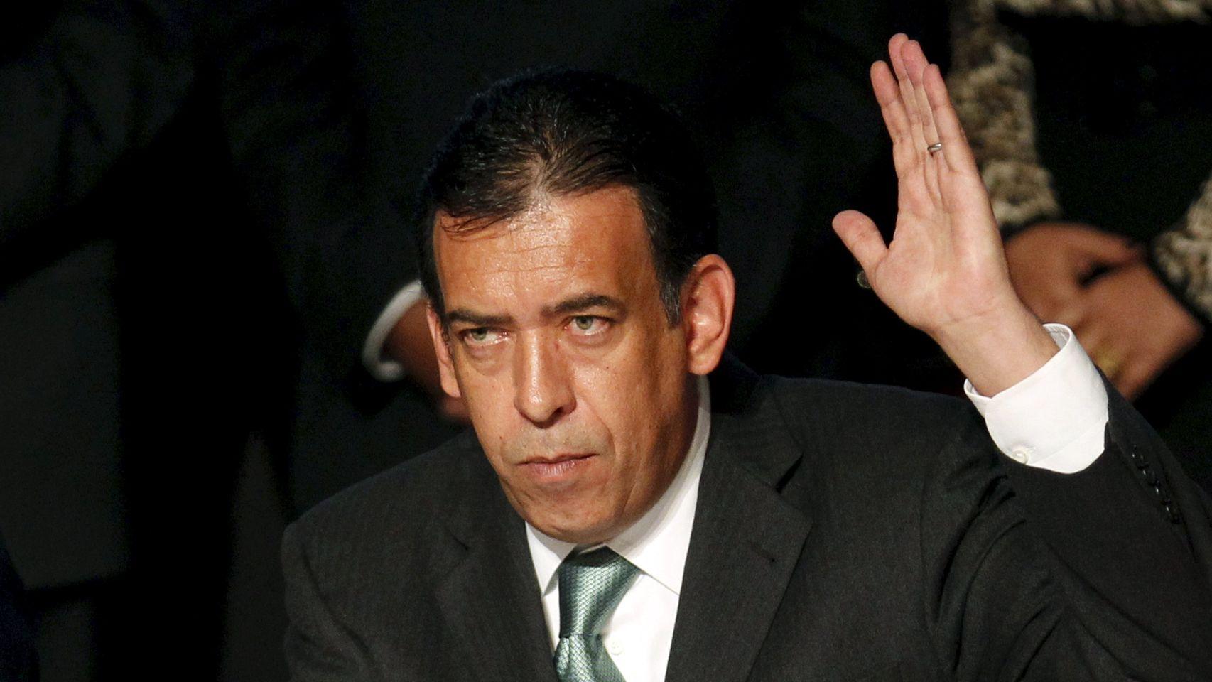 Humberto Moreira vuela de regreso a México