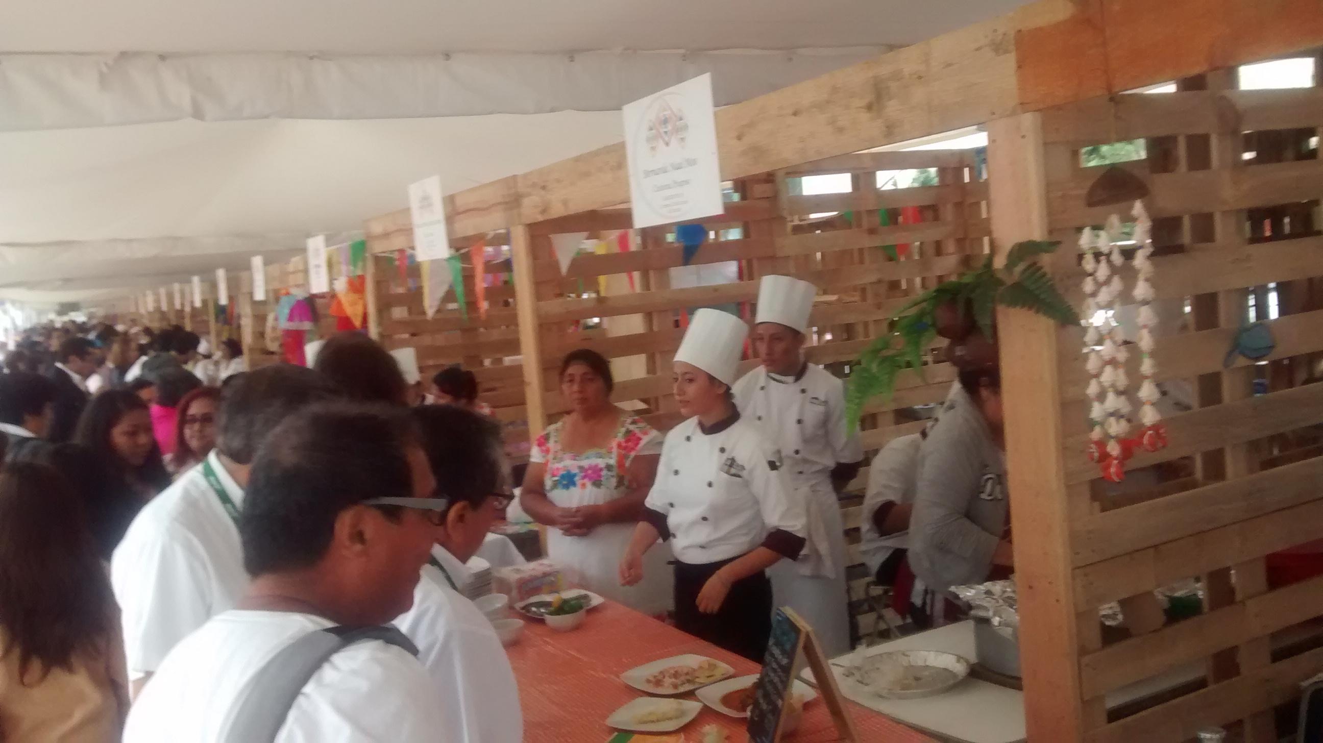 Abren muestra de cocina tradicional yucateca