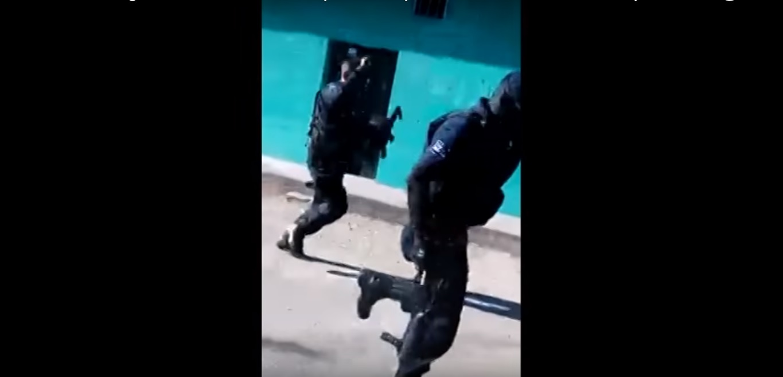 Huyen policías y permiten a criminales realizar asesinato