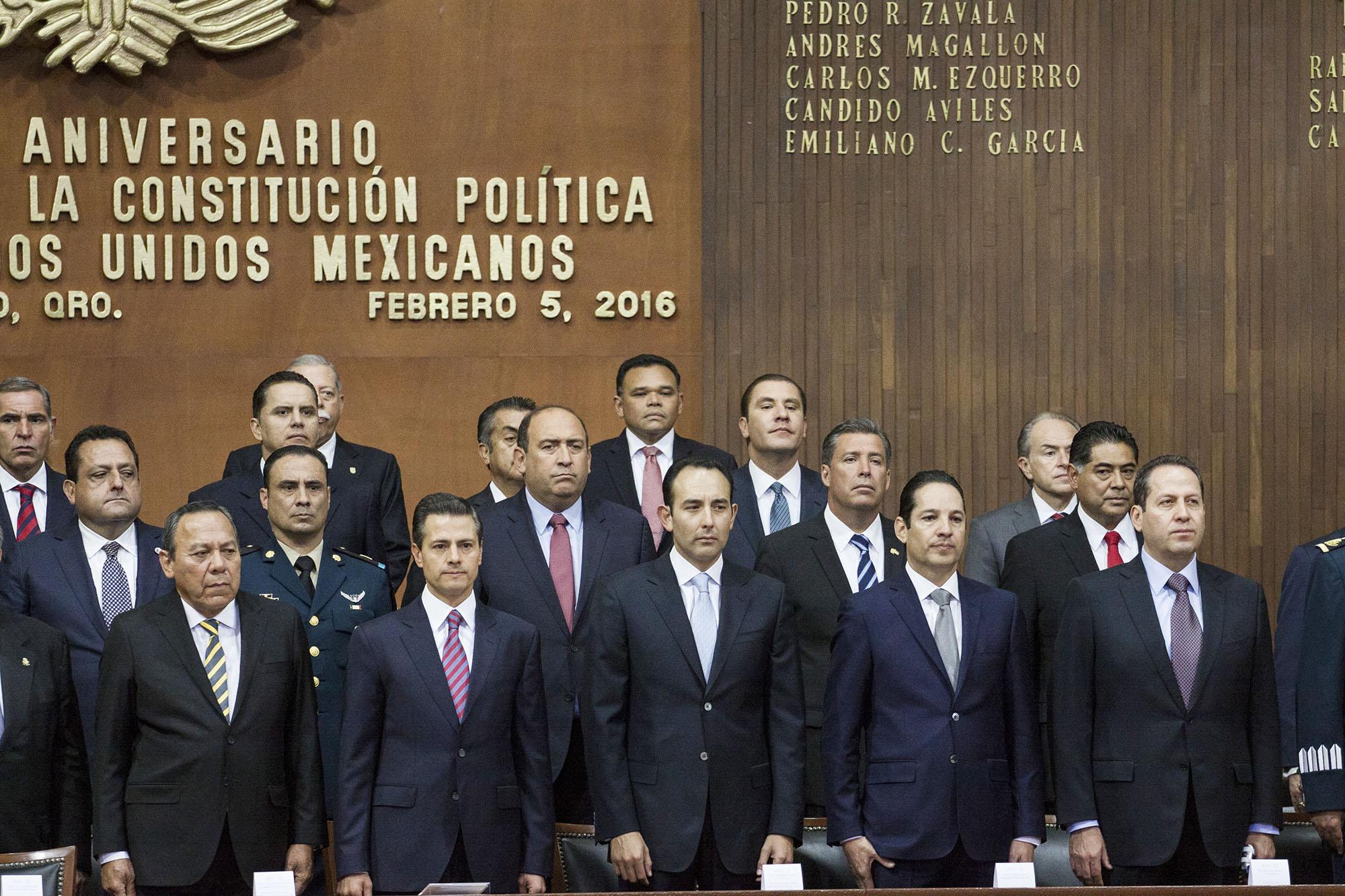 Acude Zapata Bello a99 aniversario de promulgación de la Carta Magna