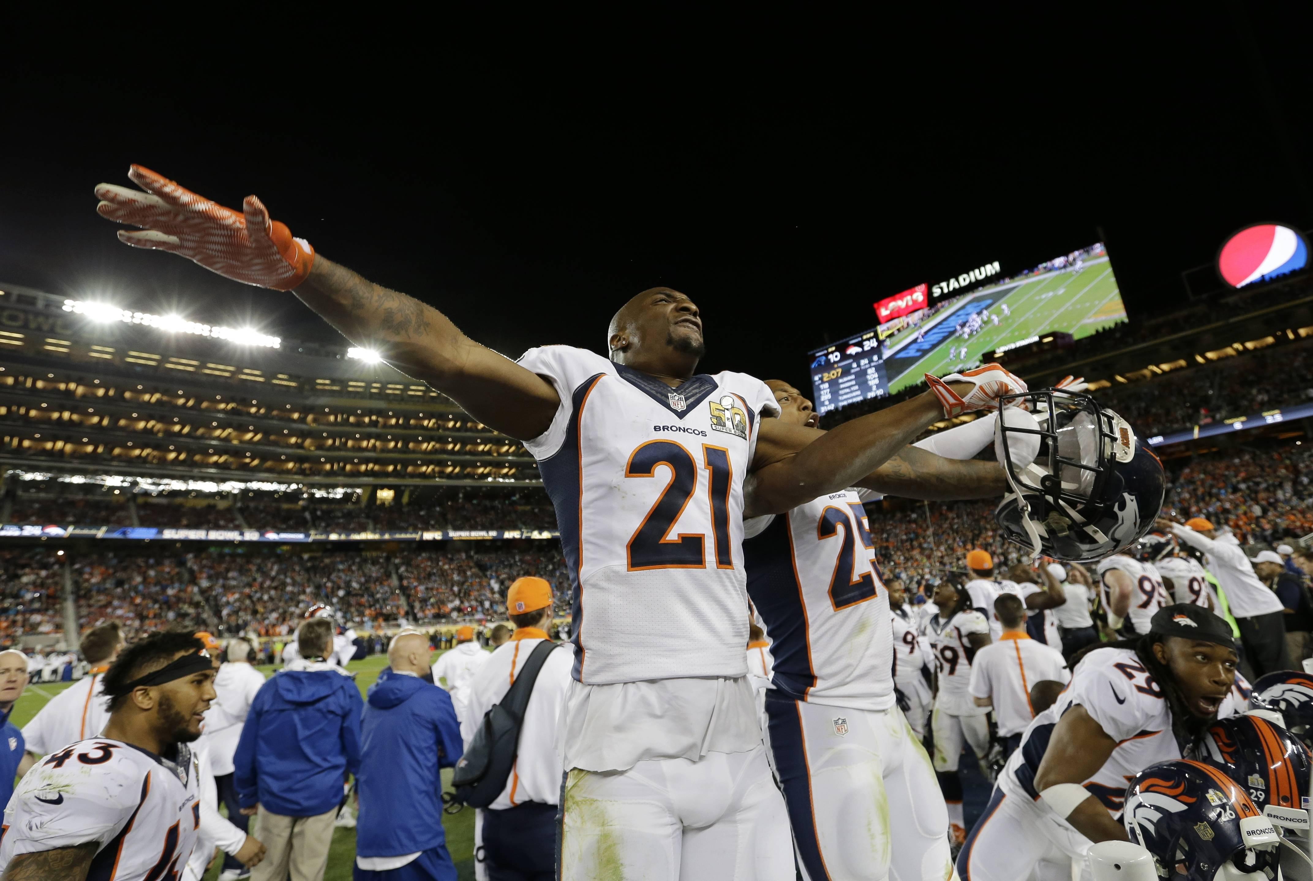 Broncos vence 24 a 10 a las Panthers y se lleva el Super Bowl