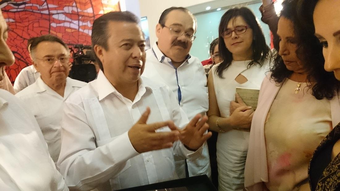 Reprueba Camacho Quiroz a independientes