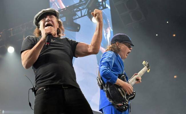 Vocalista de AC/DC deja gira ante riesgo de perder audición