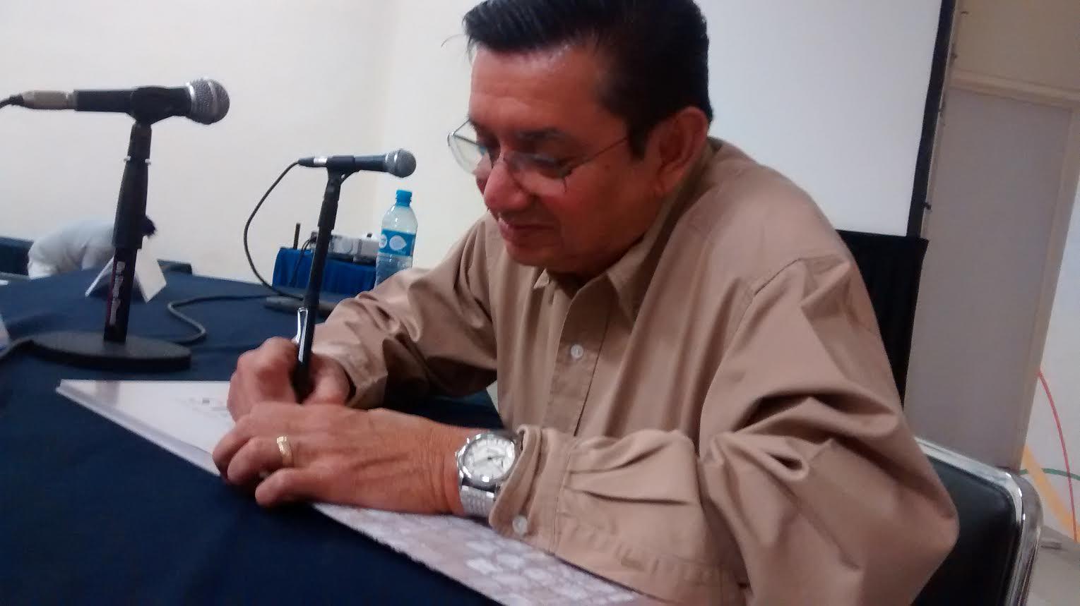 Debemos reivindicarnos ante mayas actuales: Alfredo Barrera
