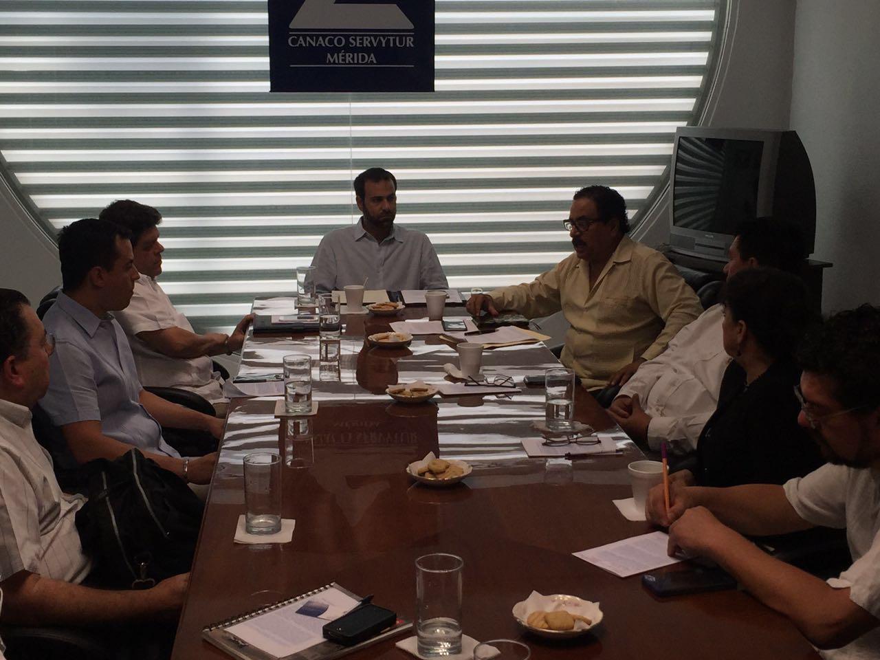 CCE Yucatán se reúne con delegado del INAH