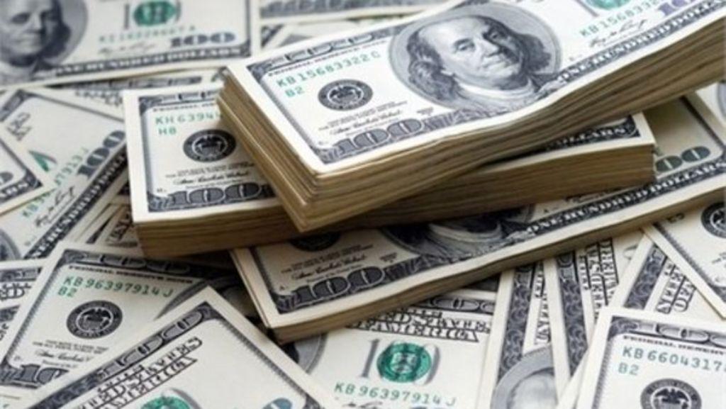 Permitirá EU uso del dólar a los cubanos