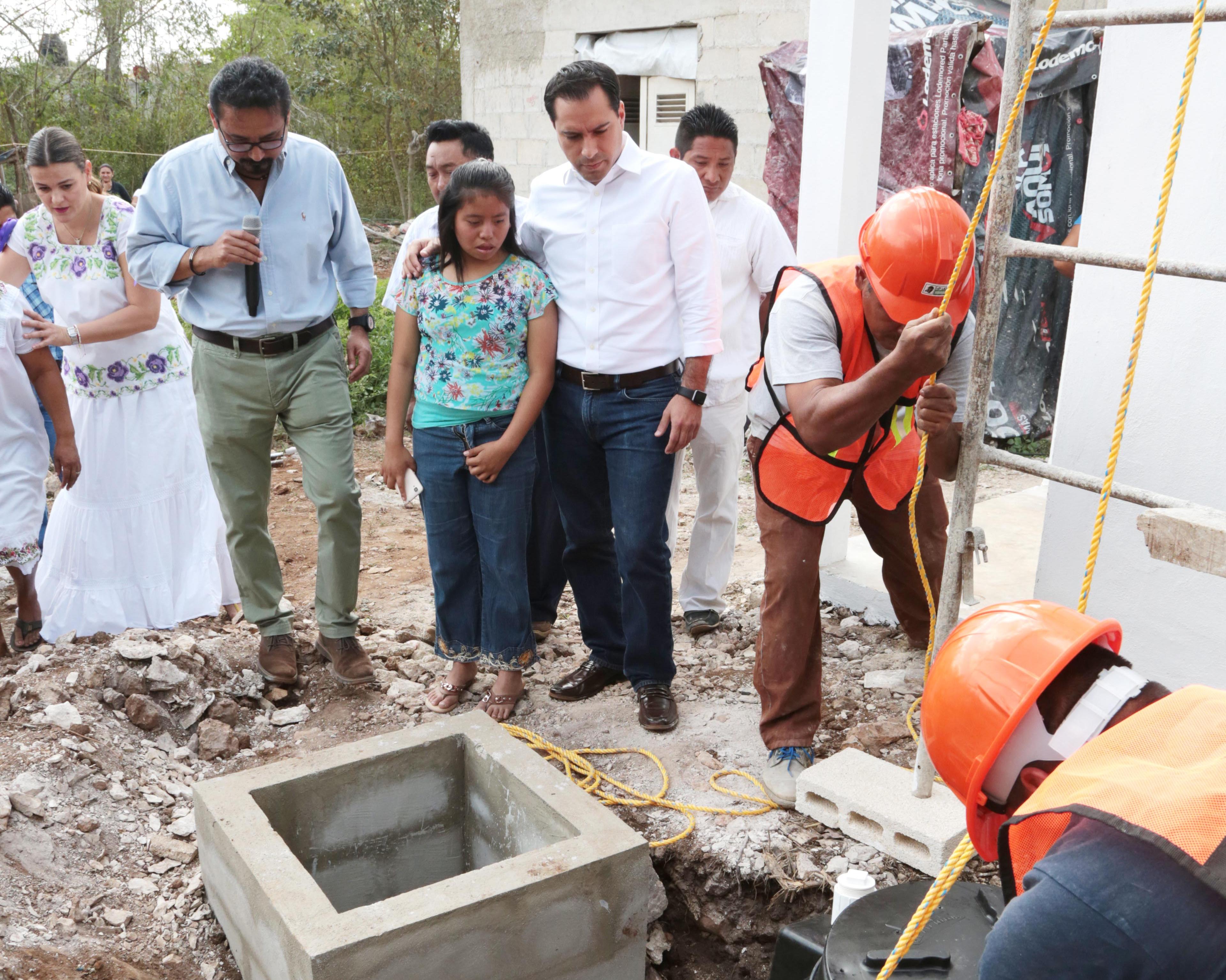 Supervisa Vila obras sustentables en comisaría de Mérida