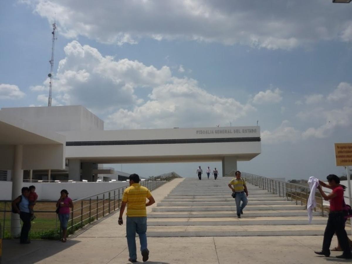 'Engaños telefónicos' llegan a escuelas yucatecas