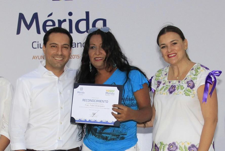 """Meridanos hacen suya la campaña """"Yo soy Mérida Blanca"""""""